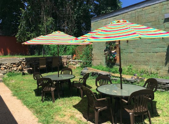 Petersburg, VA: Outdoor dining