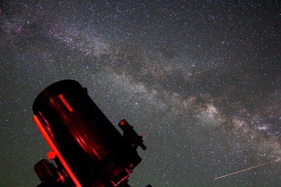 Twentynine Palms, Καλιφόρνια: 14 inch Celestron and the Summer Milky Way.