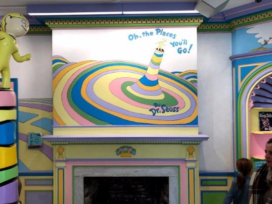 Dr. Seuss National Memorial Sculpture Garden: More wall Art