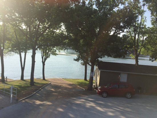 Lake Ozark, MO: Boat Launch