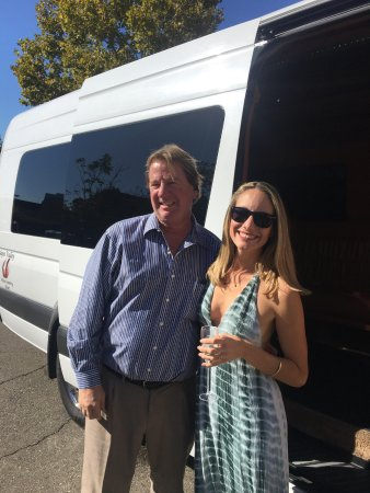 Napa Valley Wine Country Tours: Our AMAZING driver/chauffeur George!