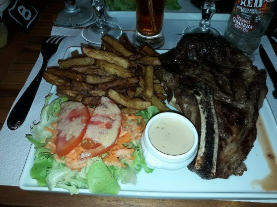 Le Vauclin, Martynika: Mister GRILL 972