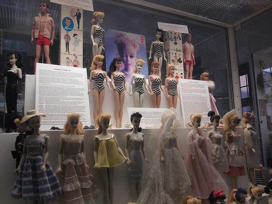 Spielzeugmuseum : Da waren die Barbies noch nicht so dünn ...
