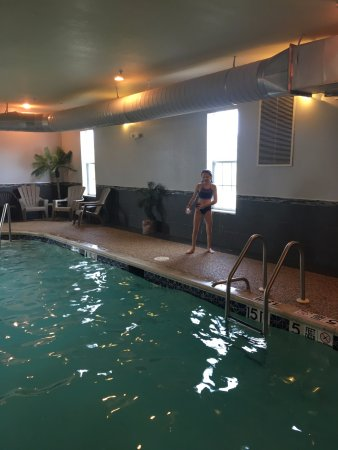 MainStay Suites Grantville - Hershey North: Pool