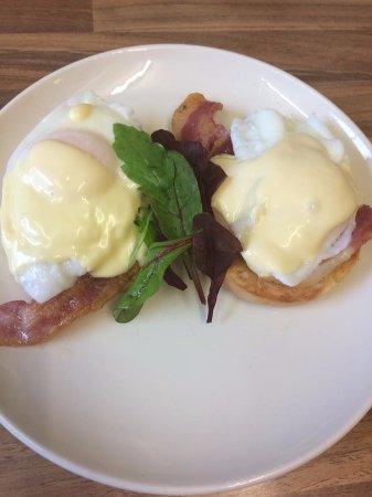 Kegworth, UK: Eggs Benedict - very popular!