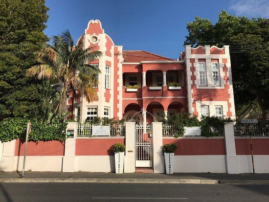 The Villa Rosa: photo1.jpg