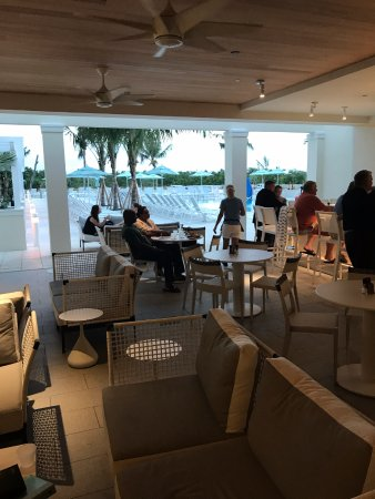 Jensen Beach, Flórida: Lovely poolside dining