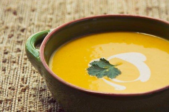 Eye, UK: Moroccan Spiced Parsnip & Apple Soup