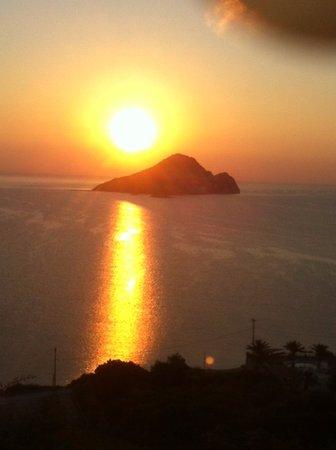 Limni Keri, Greece: sun rice , enjoy it from your terrace !!!