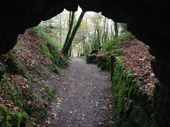 St Austell, UK: One of the paths leads through a short tunnel