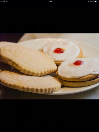 Galashiels, UK: Shortbread and Empire Biscuits