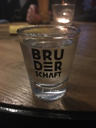 Bruderschaft Pub