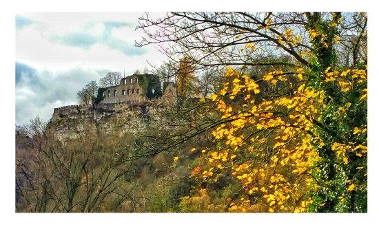 Karlstadt, Deutschland: Blick vom Hotelzimmer auf dievBurg