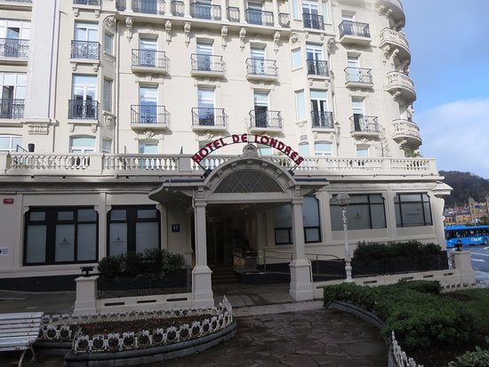 Img 20171031 170136 109 picture of hotel de for Hotels londres