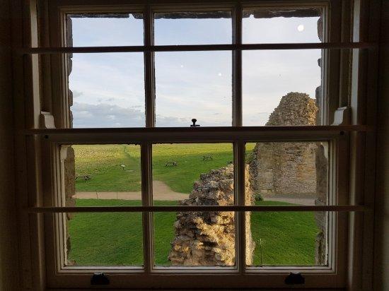 Scarborough Castle : 20171111_143951_large.jpg