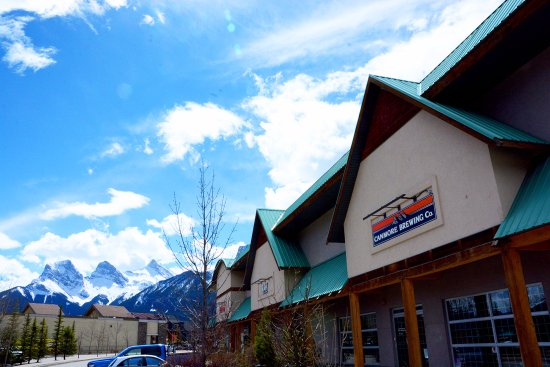 Canmore Brewing Co.