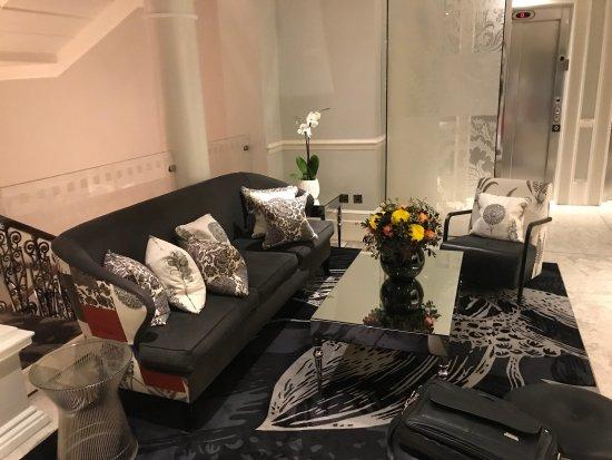 Ampersand Hotel Deluxe Room
