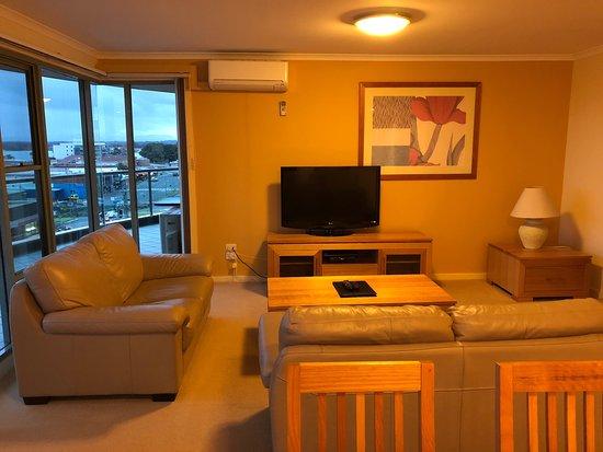 Sails Luxury Apartments: photo0.jpg