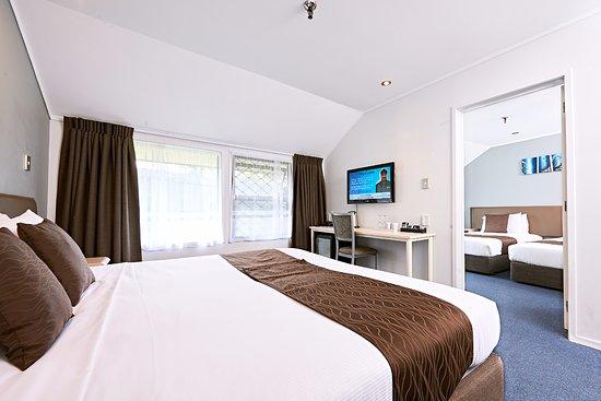 Mount Wellington, Новая Зеландия: Family Suite - Main Bedroom