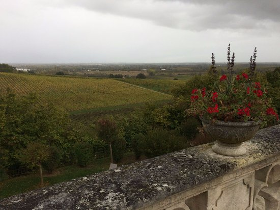 Fronsac, France: A panoramic view