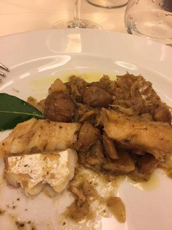 Сант-Анджело-ин-Понтано, Италия: baccalà con le castagne