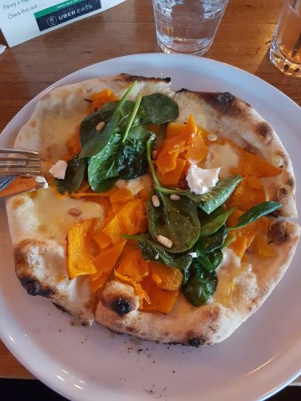 Moonee Ponds, Australien: Pizza-Pumpkin-Baby spinach-Goat Cheese