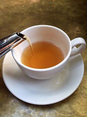 TeBella Tea Company: A really good cup of freshly-brewed lemon ginger tea