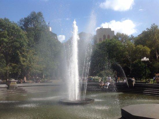 Washington Square Park : Fountain