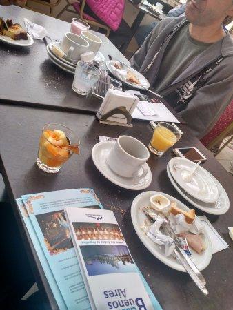 America Plaza Hotel: Café da manhã