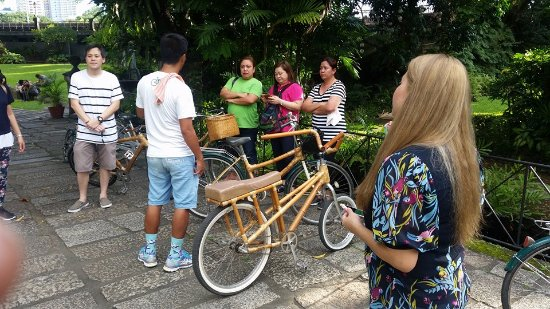 Bambike Ecotours Intramuros: Visit each site inside old manila !