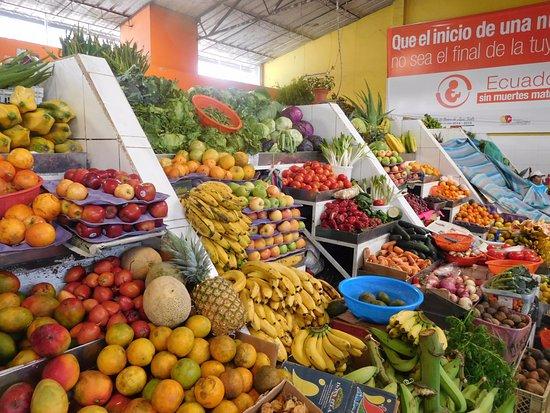 Casa Hood: Trabajamos Con la mejor y mas fresca Seleccion de Frutas y Legumbres!