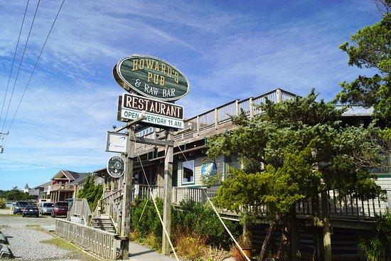 Hatteras Tours: Howard's Pub