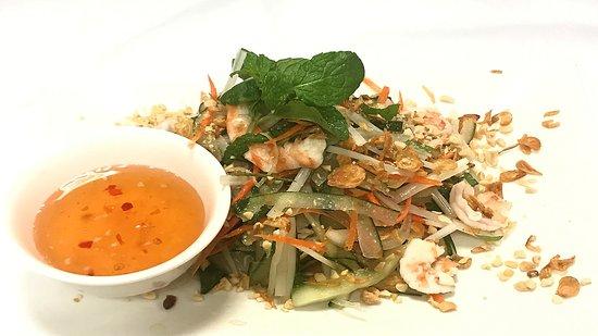 Morgan Hill, Californien: Lotus Rootlet Salad