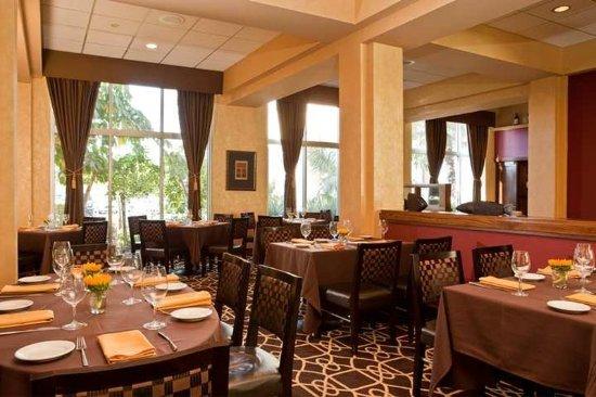 Commerce, CA: Restaurant
