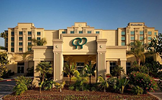 Commerce, CA: Hotel Exterior
