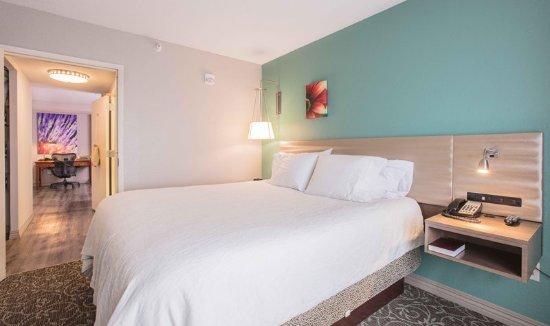 Urbandale, Αϊόβα: King Deluxe Bedroom
