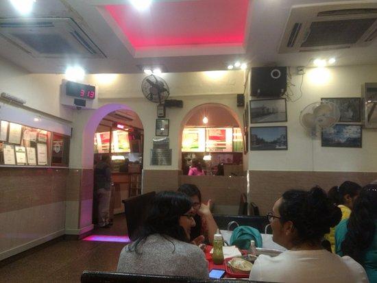 Nizam's Kathi Kabab: Seating is not adequate, be ready to wait