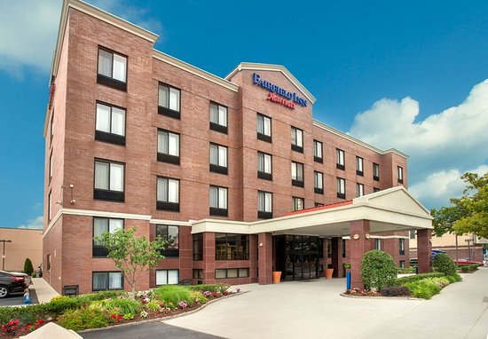 Fairfield Inn New York LaGuardia Airport/Astoria: Exterior