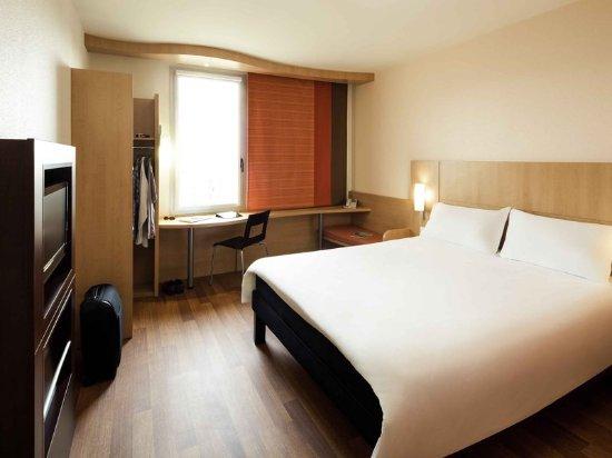 Santa Coloma de Gramanet, España: Guest Room