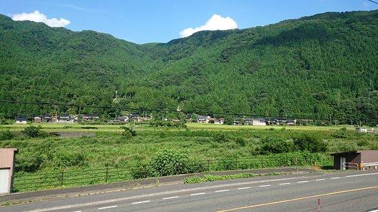 Wakasa-cho, Jepang: 途中の車窓風景