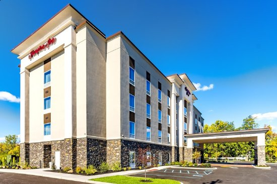 Hampton Inn Lockport - Buffalo: Exterior Day