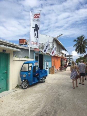 Maafushi Island: photo1.jpg