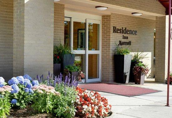 Warren, MI: Entrance