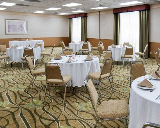 Mineral Wells, WV: Large space for receptions, parties, anniversaries and business meetings