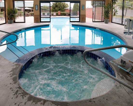 Mineral Wells, Virginia Occidental: Relax in the hot tub