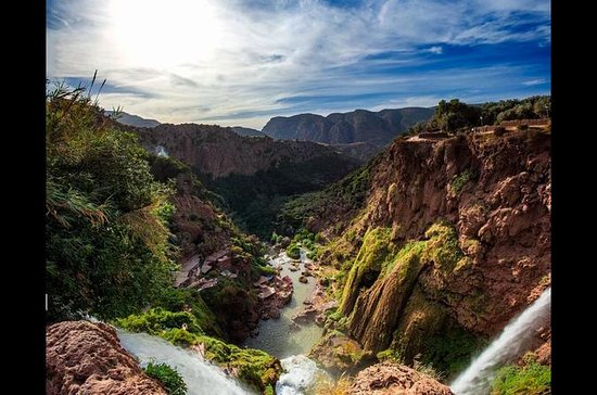 Excursión de un día a la cascada...