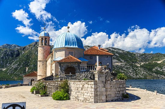 Private Tour: Perast with Our Lady of...