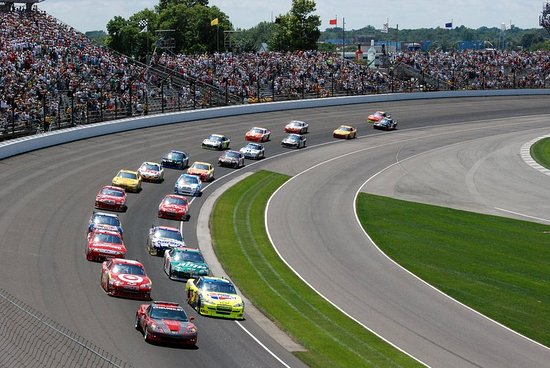 Attractions hilton garden inn indianapolis downtown for Marriott hotels near indianapolis motor speedway