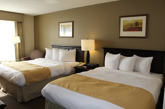 Brooklyn Center, MN: Double Queen Room