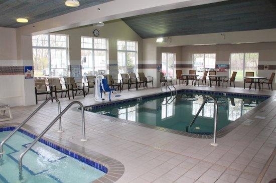 Brooklyn Center, MN: Indoor Pool
